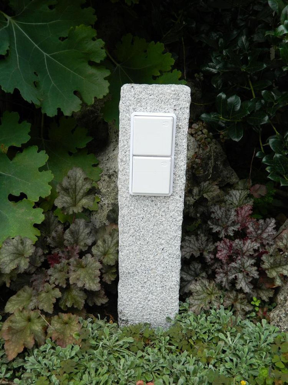 doppelte au ensteckdose aus gestocktem granit echter naturstein gartensteckdose kaufen bei. Black Bedroom Furniture Sets. Home Design Ideas