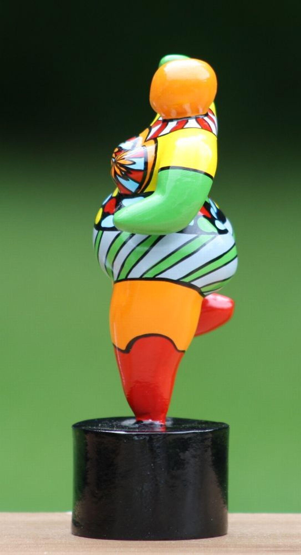 Hommage An Niki De Saint Phalle Figur Skulptur Dicke Frau Dolly