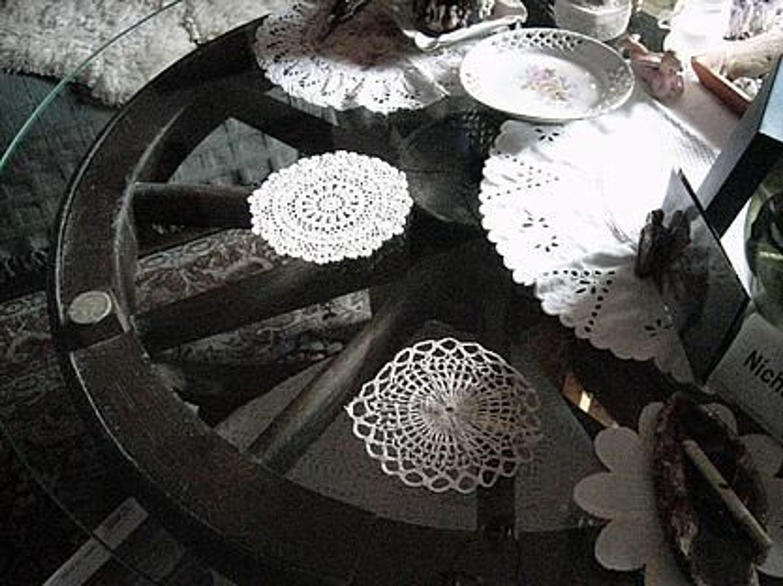 couchtisch sonderanfertigung von schreiner gebraucht kaufen bei. Black Bedroom Furniture Sets. Home Design Ideas