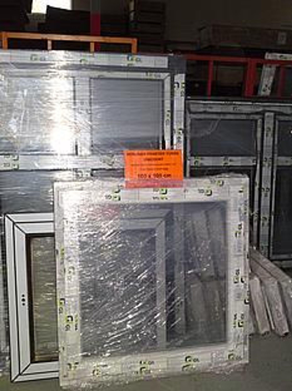 Kunststofffenster 100x100 cm fenster pvc kaufen bei for Fenster 100x100