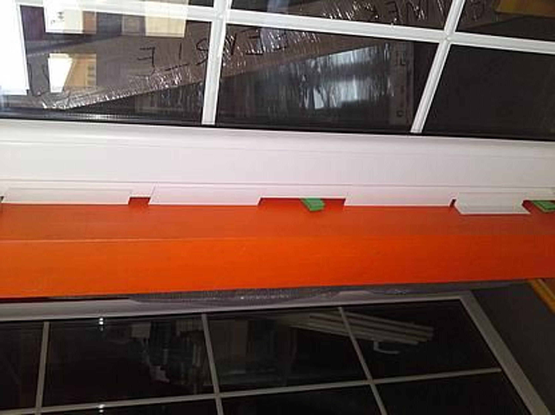 flachleiste selbstklebend kunststoffleiste pvc leiste 20 mm 1 lfdm 1 30 kaufen bei. Black Bedroom Furniture Sets. Home Design Ideas