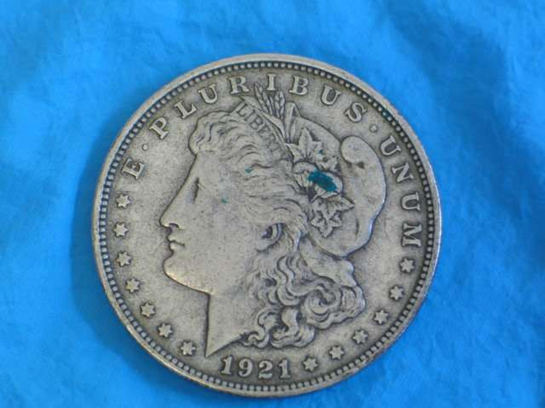 Wir sind durch! Das war die Liste mit den 10 teuersten Münzen, die je verkauft wurden. Natürlich gibt es auch noch andere wertvolle Münzen da draußen, die es nicht auf diese Liste geschafft haben und vielleicht noch entdeckt werden müssen.