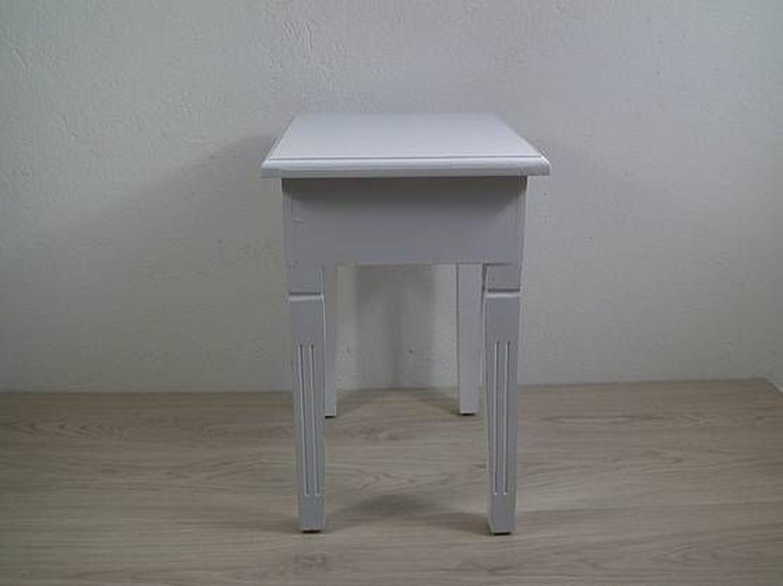 hocker sitzhocker beistelltisch blumentisch wei holz. Black Bedroom Furniture Sets. Home Design Ideas