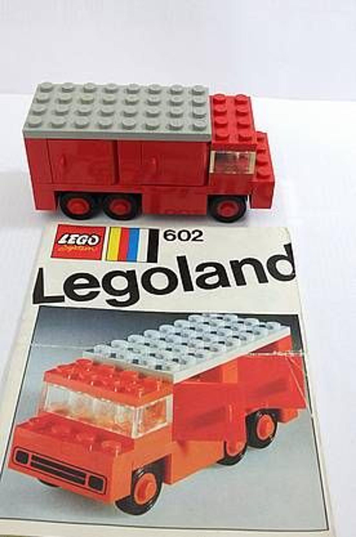 lego legoland altes set 602 lkw mit t ren komplett m bauanleitung von 1970 topp gebraucht. Black Bedroom Furniture Sets. Home Design Ideas
