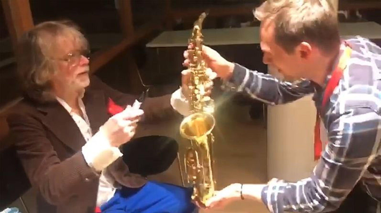 Saxophon signiert von Helge Schneider