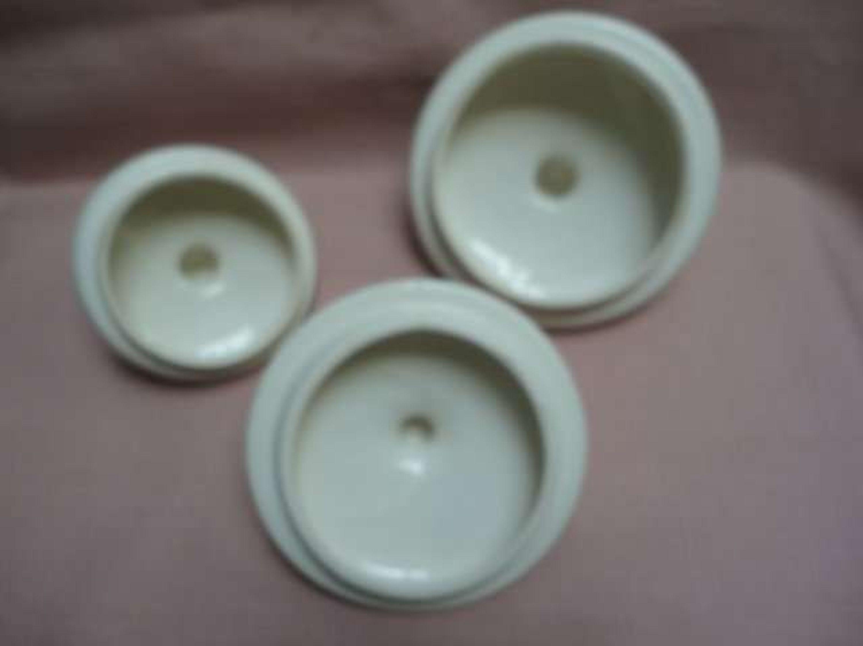 zeller fayencerie petite rose keramik zwiebeln knoblauch allerlei porzellan geschirr gebraucht. Black Bedroom Furniture Sets. Home Design Ideas