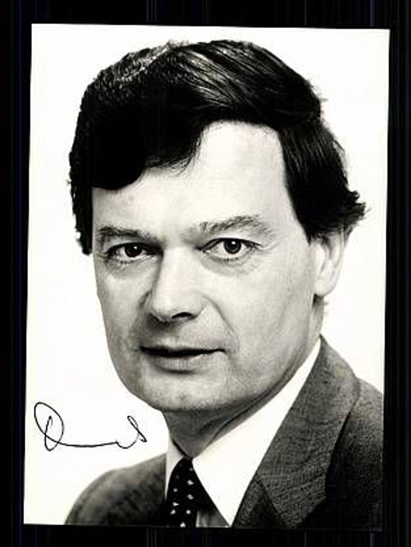 Dr. <b>Hans Daniels</b> MdB Autogrammkarte 80er Jahre Original Signiert + 8775 ... - 34723683