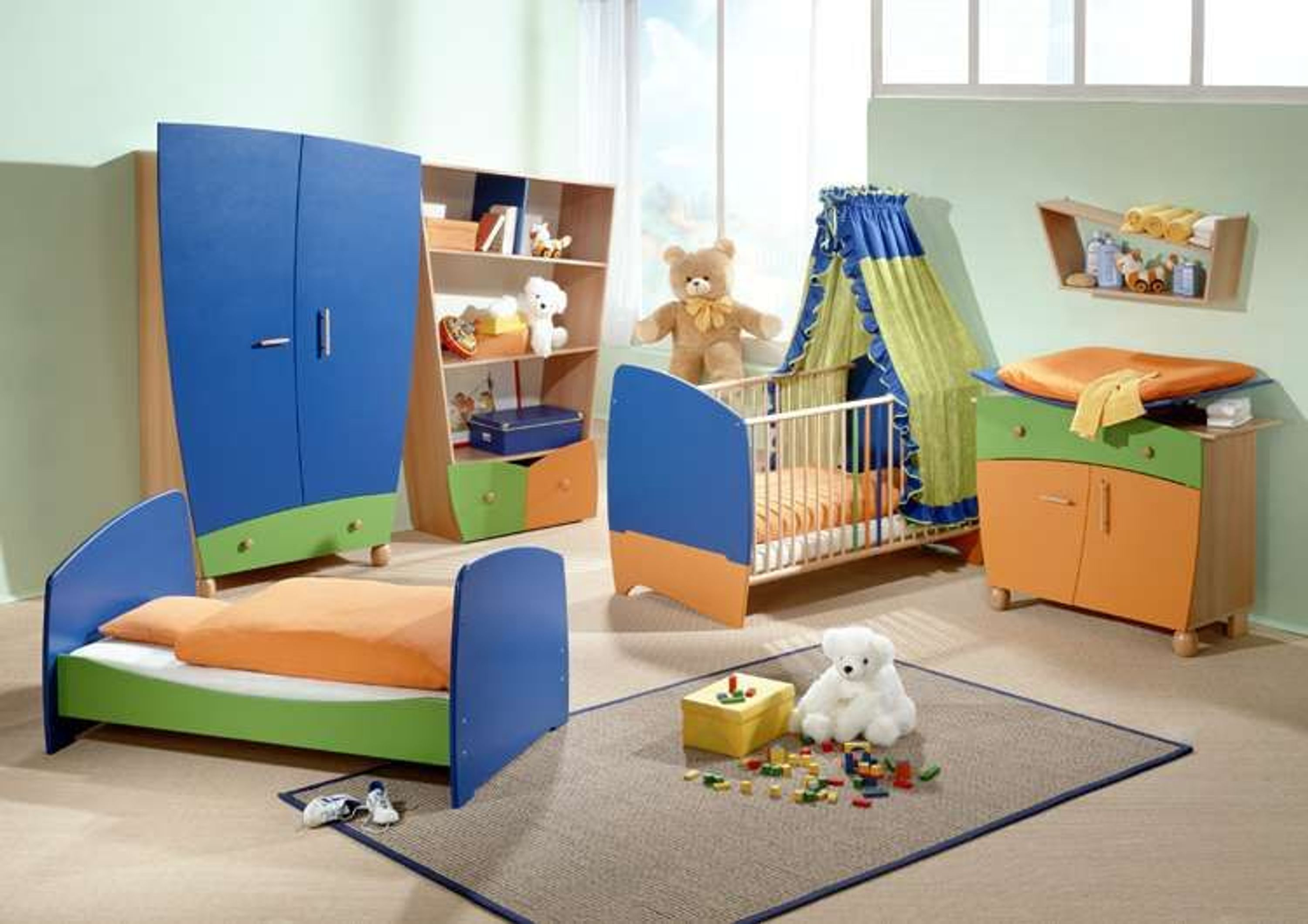 taube kinderzimmer babyzimmer fantasia bunt bett kommode schrank kaufen bei. Black Bedroom Furniture Sets. Home Design Ideas