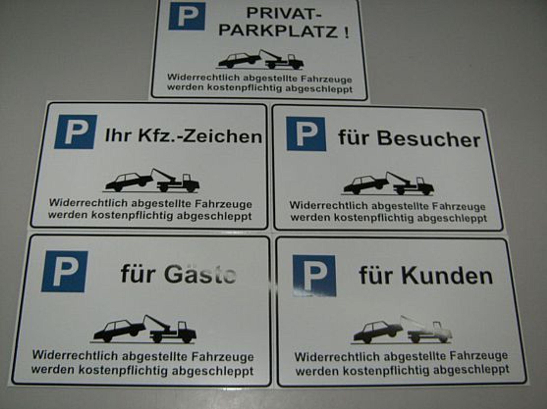 parkplatz privatparkplatz schild schilder mit wunschtext oder eigener autonummer kaufen bei. Black Bedroom Furniture Sets. Home Design Ideas