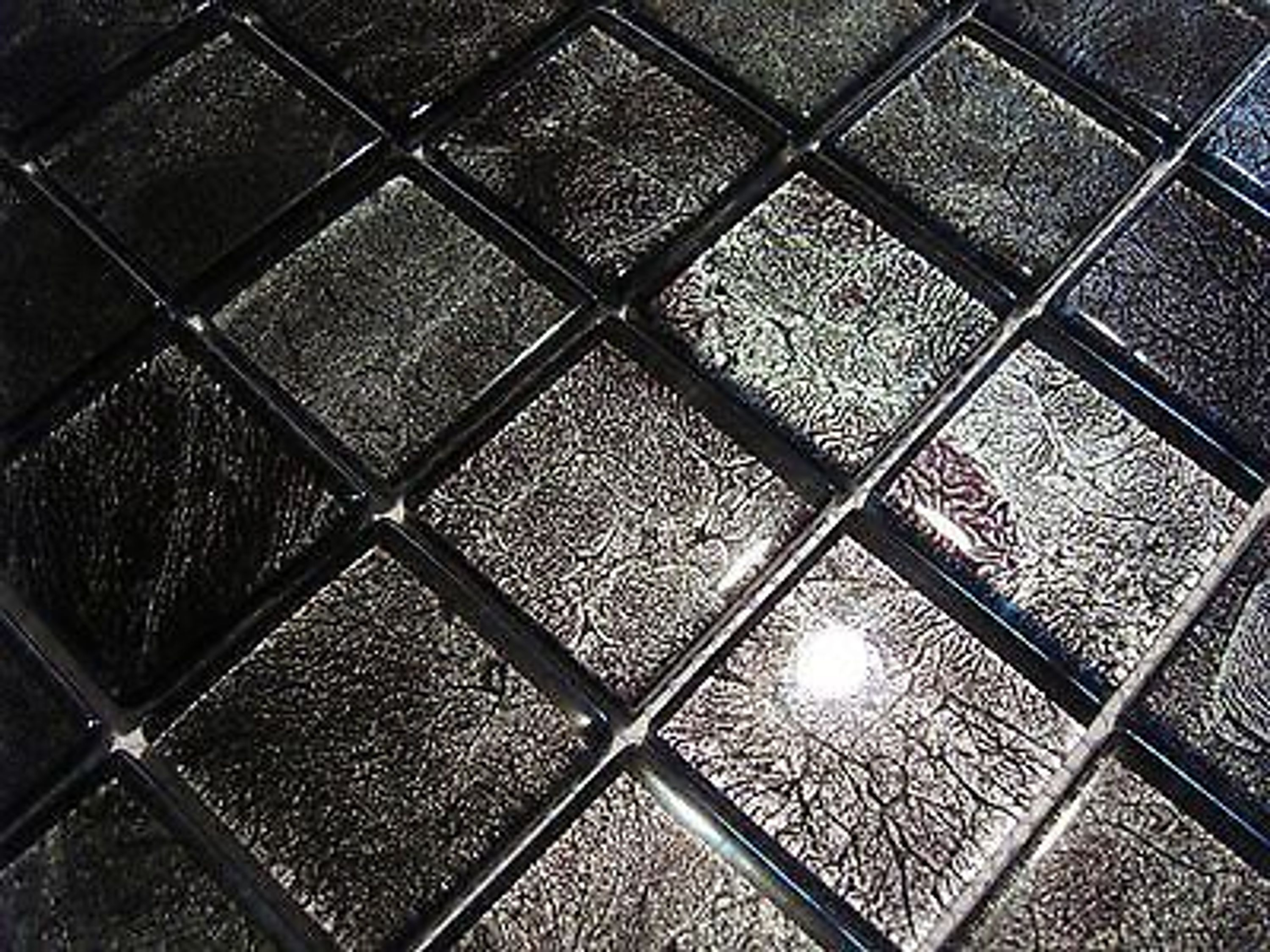 glasmosaik mosaik fliesen klarglas metall silber purple schwarz bad pool dusche kaufen bei. Black Bedroom Furniture Sets. Home Design Ideas