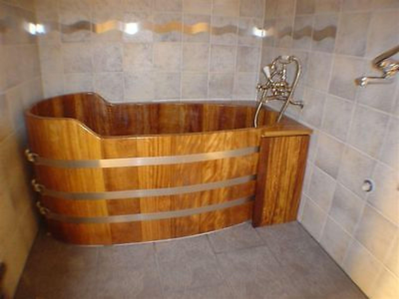 holzwanne holzbadewanne holzzuber badezuber l rchenwanne badewanne wanne kaufen bei. Black Bedroom Furniture Sets. Home Design Ideas