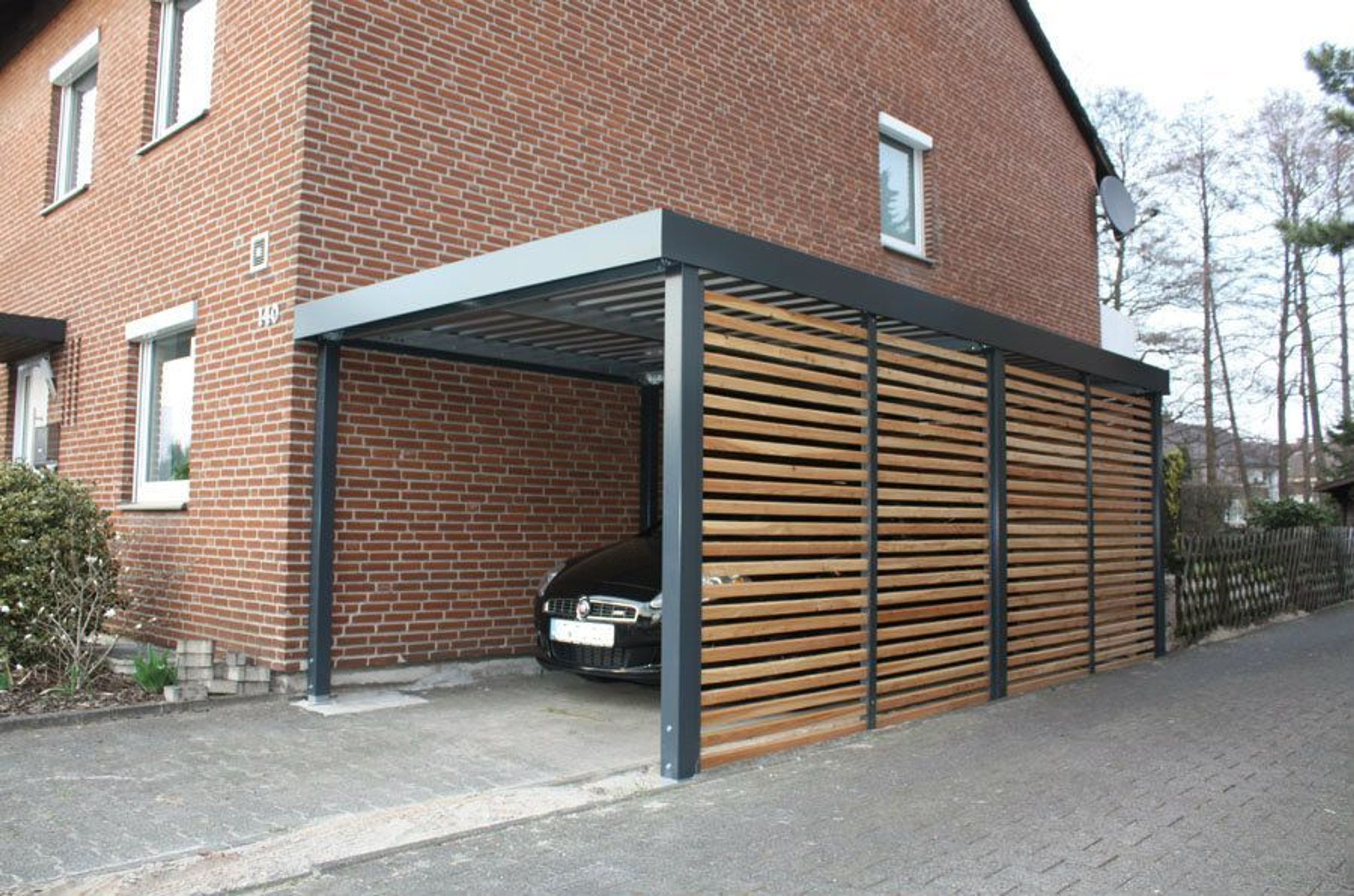 metall carport mit wandelemente holzlattung kaufen bei. Black Bedroom Furniture Sets. Home Design Ideas