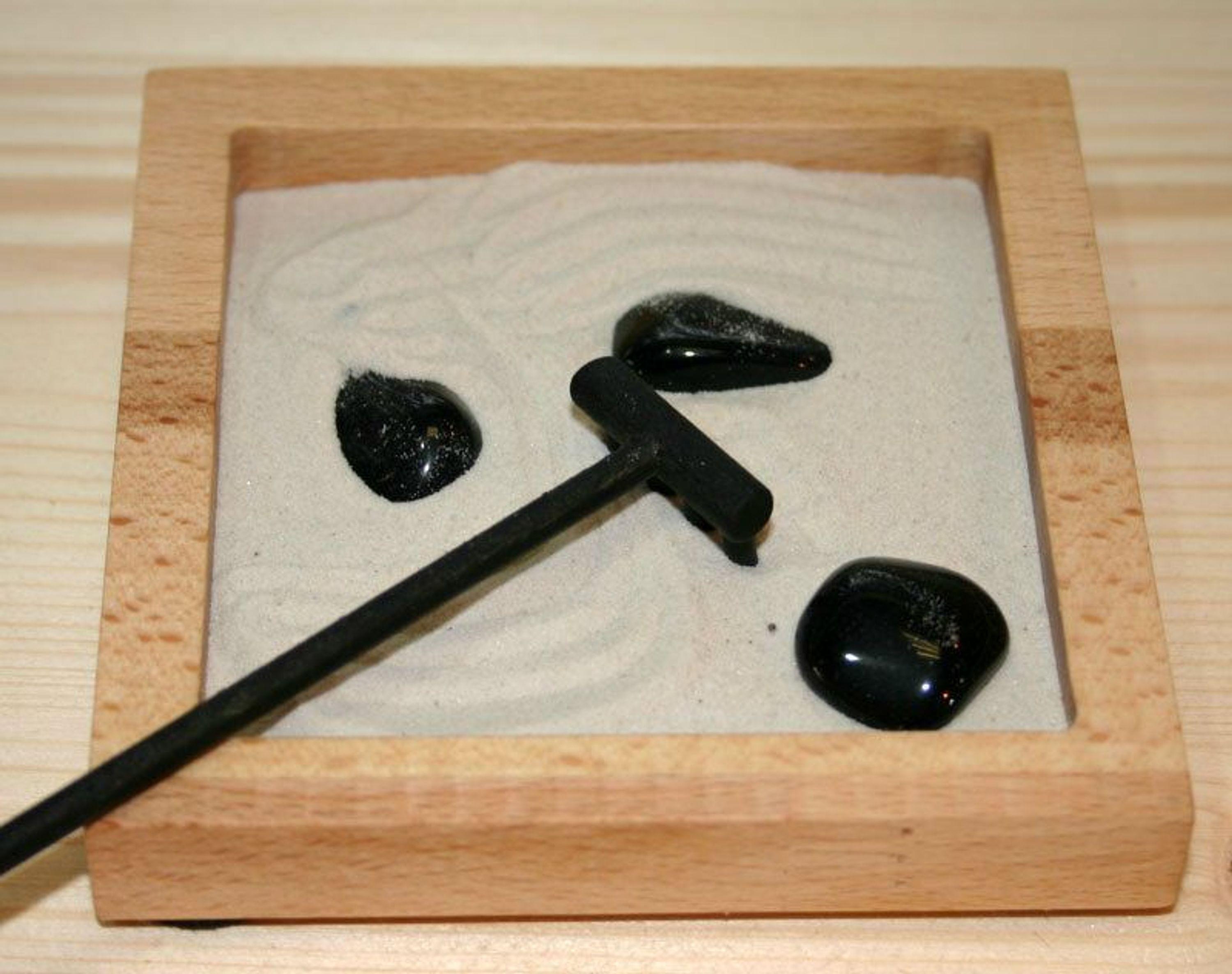 zen garten buche s mit edelsteinen kaufen bei. Black Bedroom Furniture Sets. Home Design Ideas