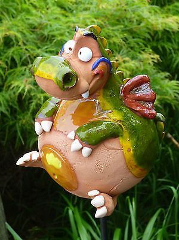 Keramik Drache Kugel Gartenstecker Deko Garten Terrasse Ton Unikat