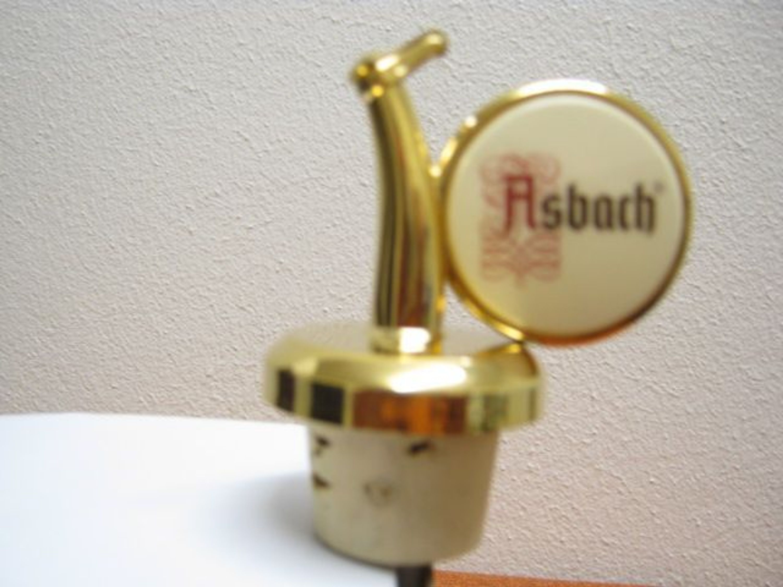 asbach ausgiesser f r 3 0 liter flasche kaufen bei. Black Bedroom Furniture Sets. Home Design Ideas