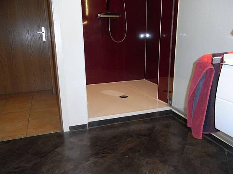mineralguss duschwanne auf ma bis 140x140 begehbare dusche bodengleiche duschkabi kaufen bei. Black Bedroom Furniture Sets. Home Design Ideas
