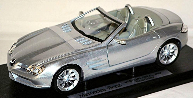 Brekina 1//87 Nr 3350 Volkswagen Bulli VW T2 Kasten dunkelgrün OVP #4705