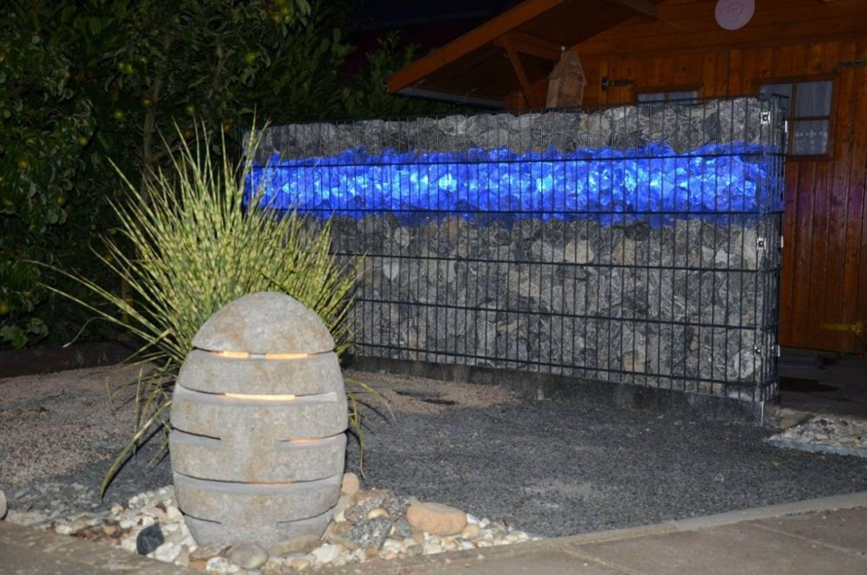 Gabionen Beleuchtung gabionen beleuchtung led leuchte steinzaun 0 85m mit netzteil blau