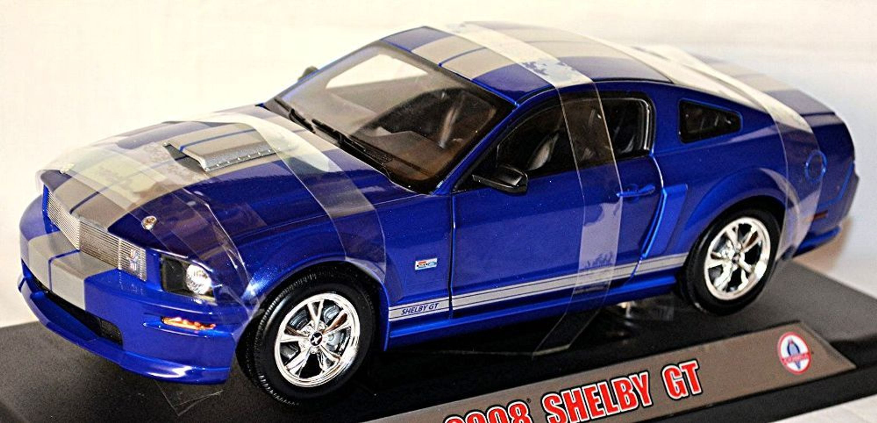 shelby gt coupe ford mustang v 2008 blau blue 1 18 shelby. Black Bedroom Furniture Sets. Home Design Ideas