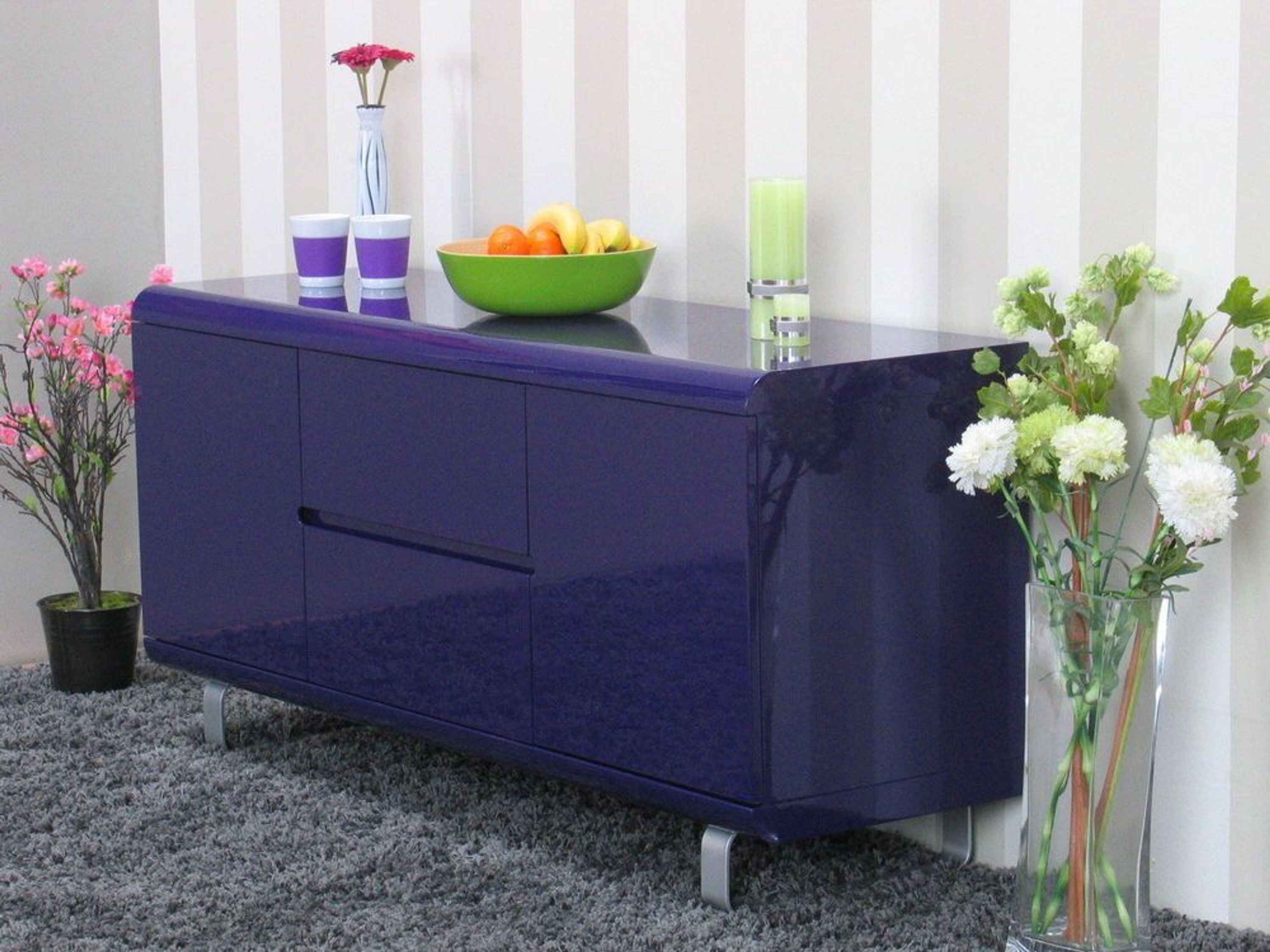 sideboard spacy kommode anrichte schrank lila hochglanz. Black Bedroom Furniture Sets. Home Design Ideas