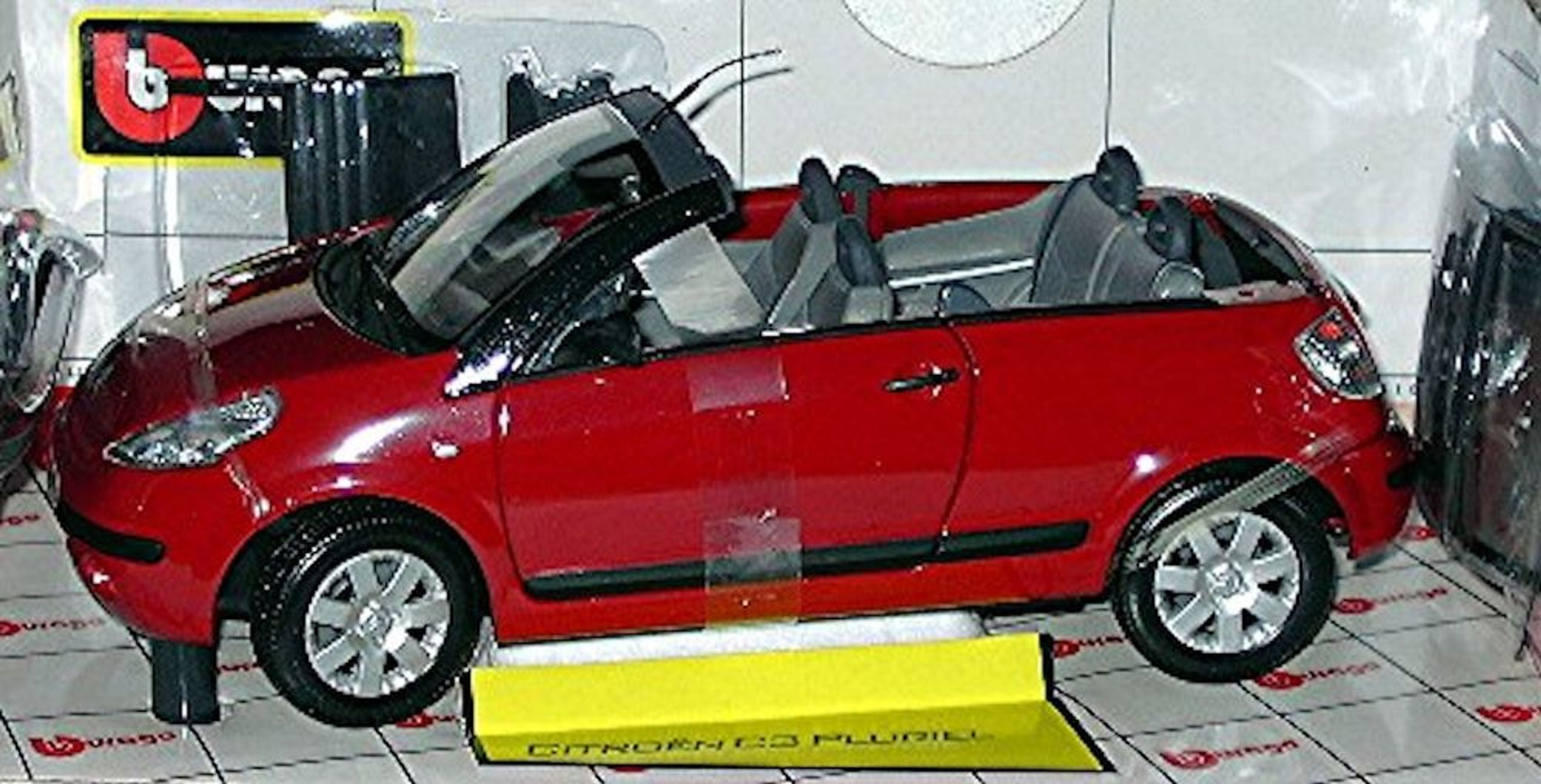 citroen c3 pluriel cabriolet verdeck 2003 08 rot red 1 18 bburago ebay. Black Bedroom Furniture Sets. Home Design Ideas