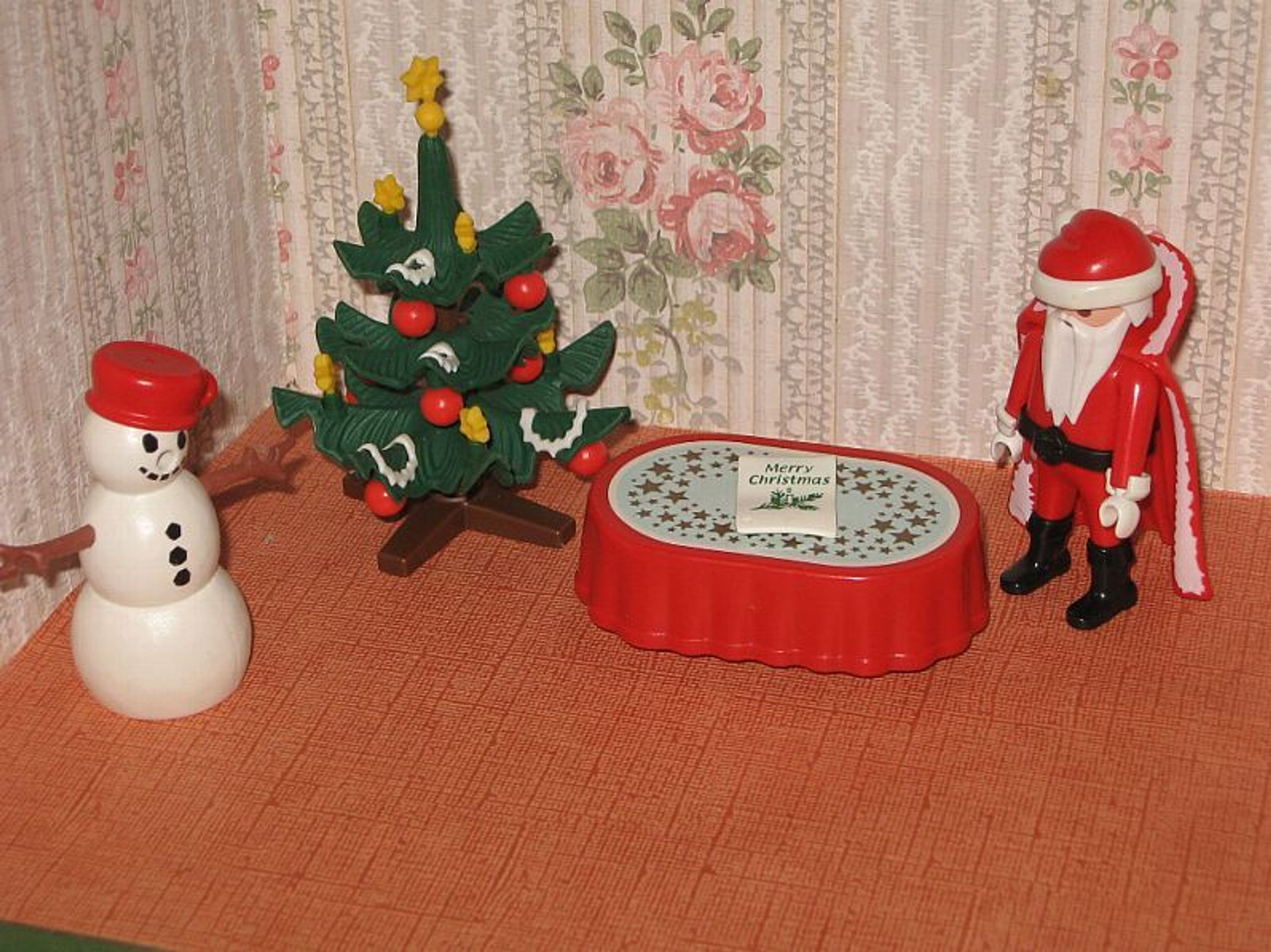 playmobil konvolut weihnachten 1994 nikolaus christbaum. Black Bedroom Furniture Sets. Home Design Ideas