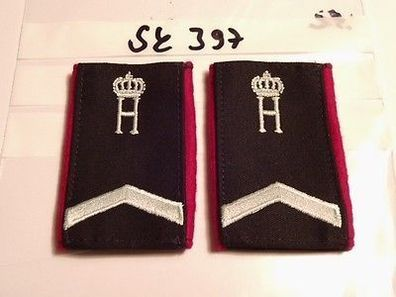 d275 Mützenabzeichen Luftwaffe Niederlande golden Handgestickt auf schwarz