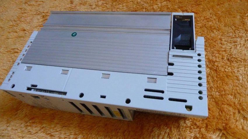 E82EV152/_4B Lenze 8200 vector Type E82EV152K4B 1,5 kw