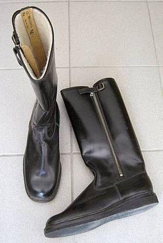 DDR NVA Stiefel Leder schwarz Gr.43 schmal gefüttert * unbenutzt * UniformStiefel