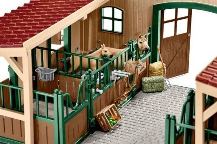 Schleich® 42195 Pferdestall mit Pferden und Zubehör NEU /& OVP