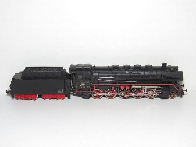 Märklin H0  Ersatzteil für E 44 039  Stromzuführung Beleuchtung 167537