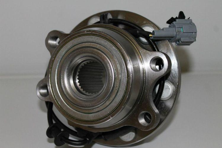 + li. D40 vorne re R51 Pathfinder Radlager // Radnabe Nissan Navara